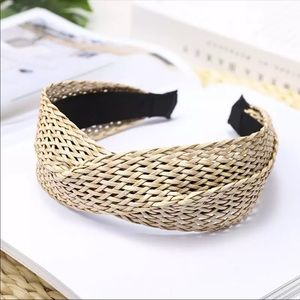 WOVEN STRAW WIDE NATURAL COLOR HEADBAND.